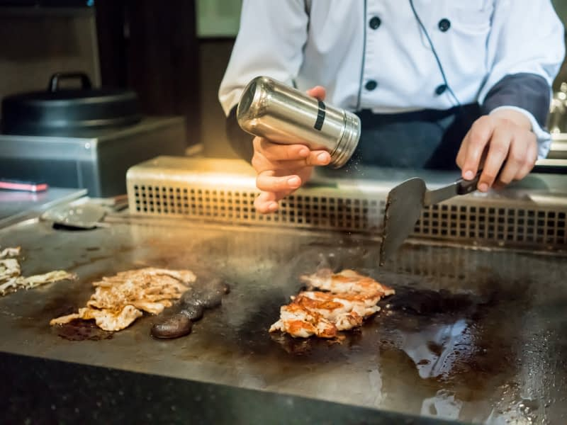 Lotus_Dordrecht_allyoucaneat_chef_food2